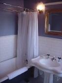 Lavabo de pié y bañera con patas